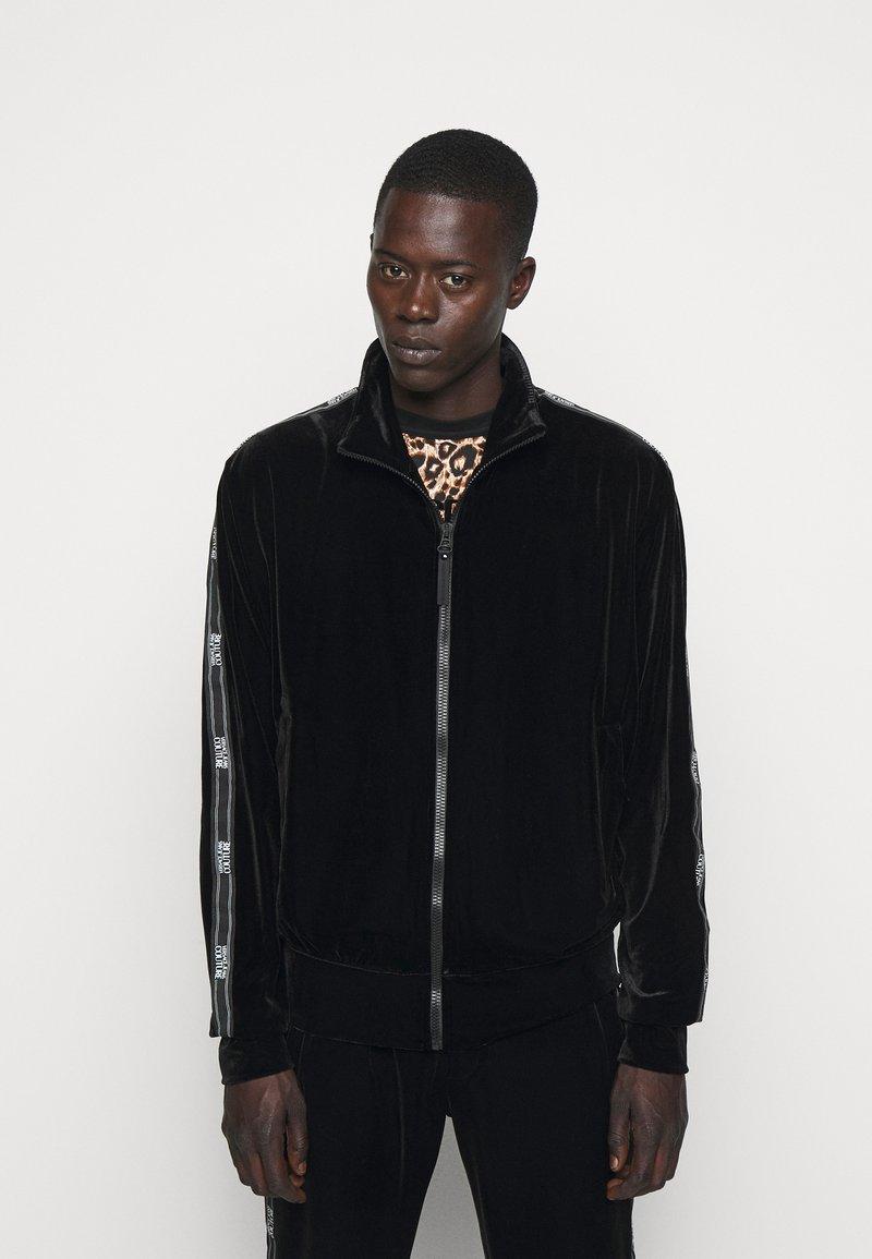 Versace Jeans Couture - MAN LIGHT - Zip-up hoodie - nero