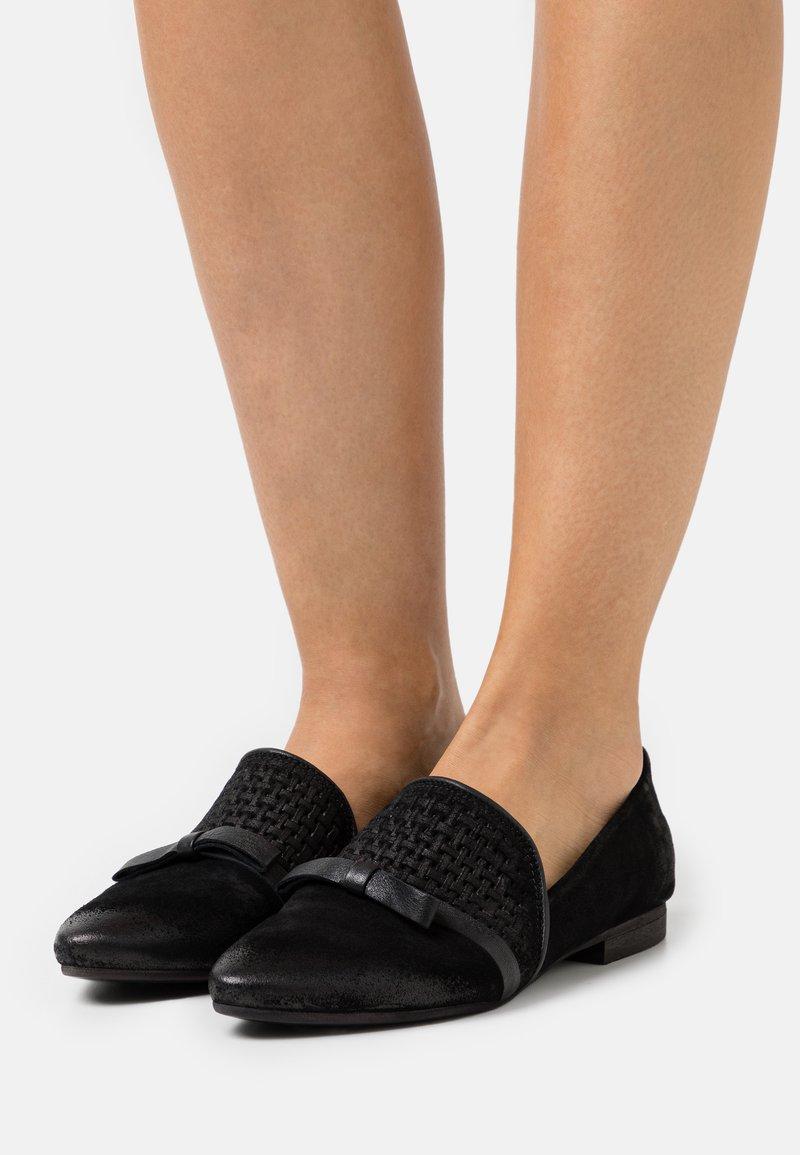 Felmini Wide Fit - FLAVIA - Slip-ons - black
