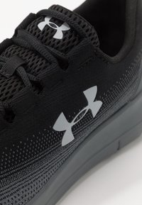 Under Armour - REMIX 2.0 - Chaussures de running neutres - black/pitch gray/mod gray - 5