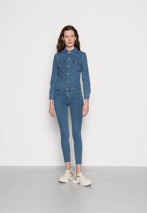 ONLRAIN LIFE REG - Jumpsuit - medium blue denim