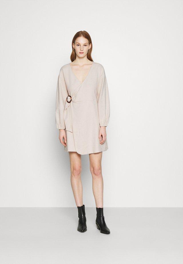 CELERY DRESS - Sukienka letnia - cream