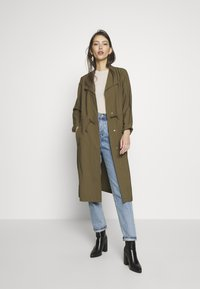 ONLY - ONLSILLE DRAPY LONG COAT - Mantel - kalamata - 1