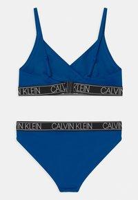 Calvin Klein Swimwear - TRIANGLE SET - Bikini - bobby blue - 1