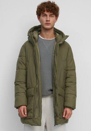 Winter coat - dark scandinavian olive