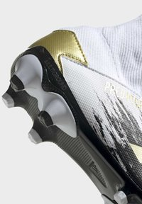 adidas Performance - PREDATOR 20.3 FOOTBALL BOOTS MULTI GROUND - Moulded stud football boots - ftwwht/goldmt/cblack - 7