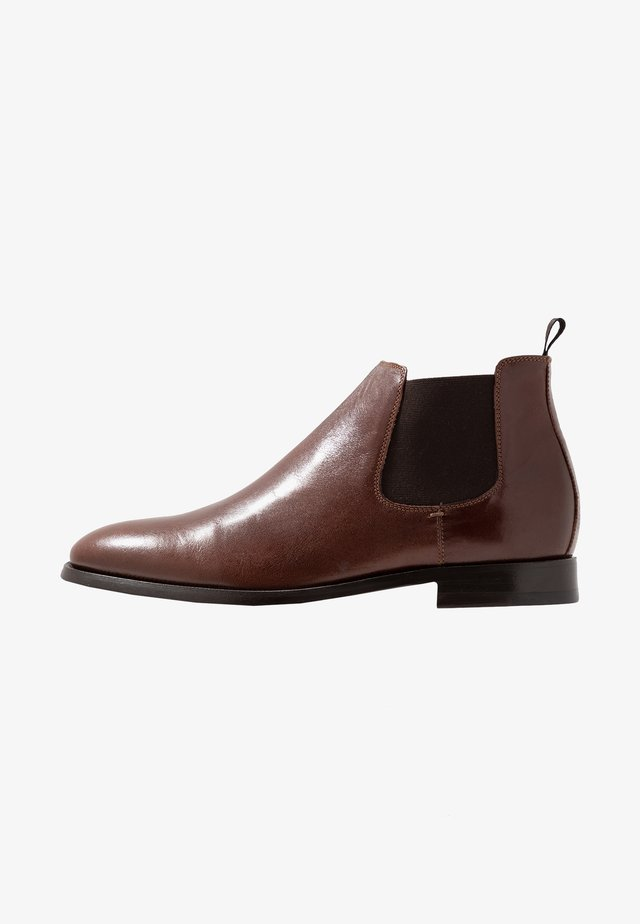 KING CHELSEA - Classic ankle boots - tan