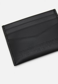 Calvin Klein Jeans - BOTTLE SET - Wallet - black - 3