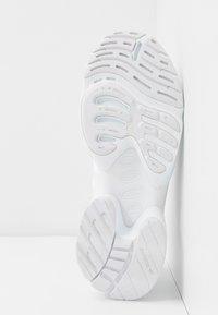 adidas Originals - EQT GAZELLE  - Matalavartiset tennarit - footwear white - 6