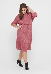 ONLY Carmakoma - ONL BEDRUCKTES CURVY - Shirt dress - withered rose - 1
