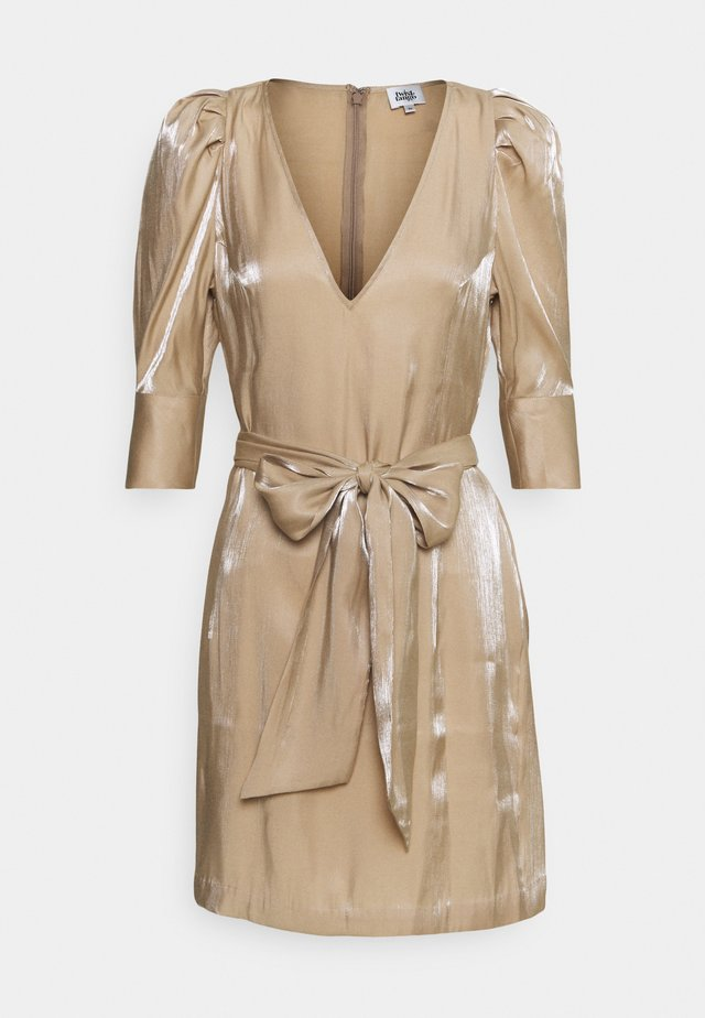 EIRA DRESS - Sukienka koktajlowa - sand