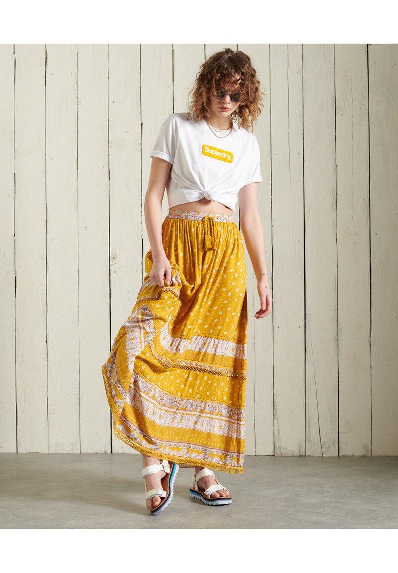 Superdry - CORE LOGO - T-shirt print - brilliant white