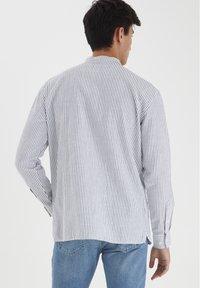 Casual Friday - Shirt - ecru - 2