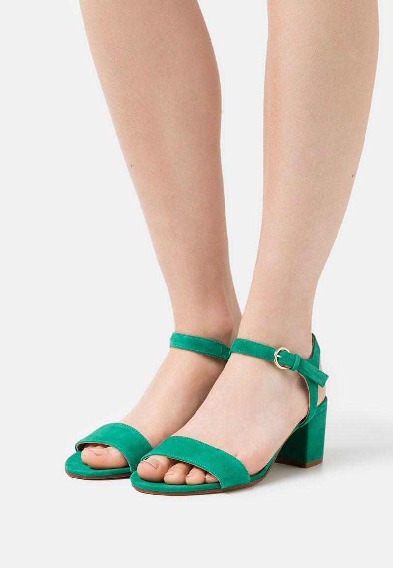 San Marina - ABRIGA - Sandals - vert