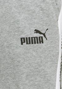 Puma - AMPLIFIED SHORTS - Träningsshorts - medium gray heather - 5