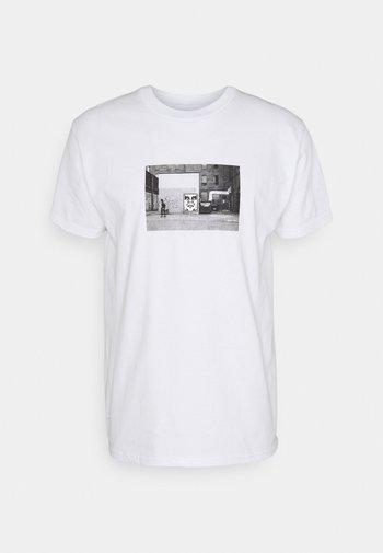 ICON FACE TORONTO - Printtipaita - white