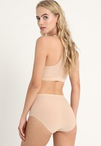 Chantelle - SOFTSTRETCH 3 PACK - Slip - nude - 2