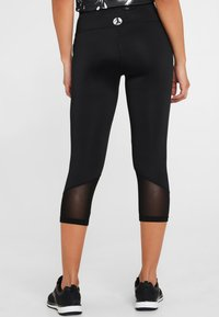 LASCANA Active - MIT BREITEM BUND - Leggings - black - 2