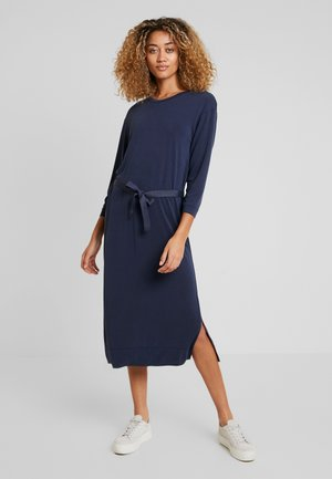 CUKAJSA BELT DRESS - Maxi dress - salute