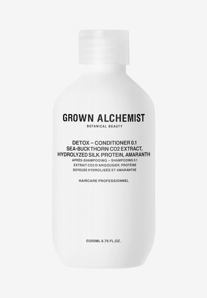 Grown Alchemist - DETOX - CONDITIONER 0.1 SEA-BUCKTHORN CO2 EXTRACT, HYDROLIZED SILK PROTEIN, AMARANTH - Conditioner - -