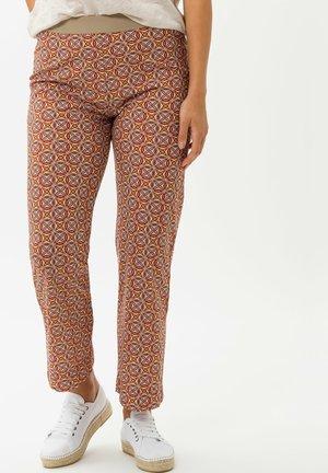 Pantalon classique - raspberry