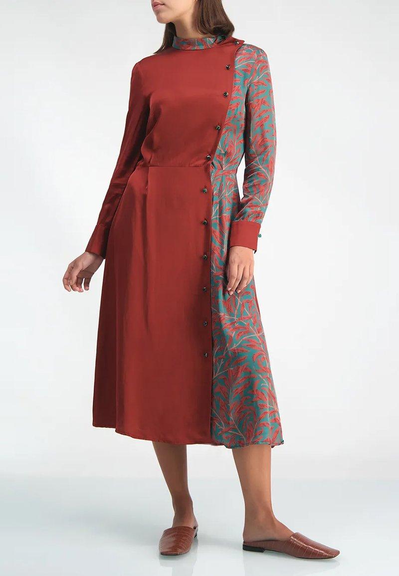 ANNA ETTER - Korte jurk - bordo