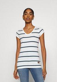 G-Star - CORE EYBEN SLIM - Basic T-shirt - milk/vintage navy - 0