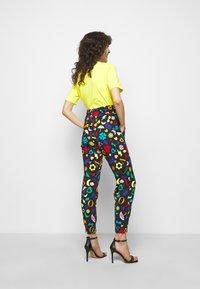 Love Moschino - Jogginghose - multicolor - 2