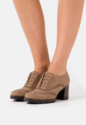 LACE UP - Ankle boots - camel