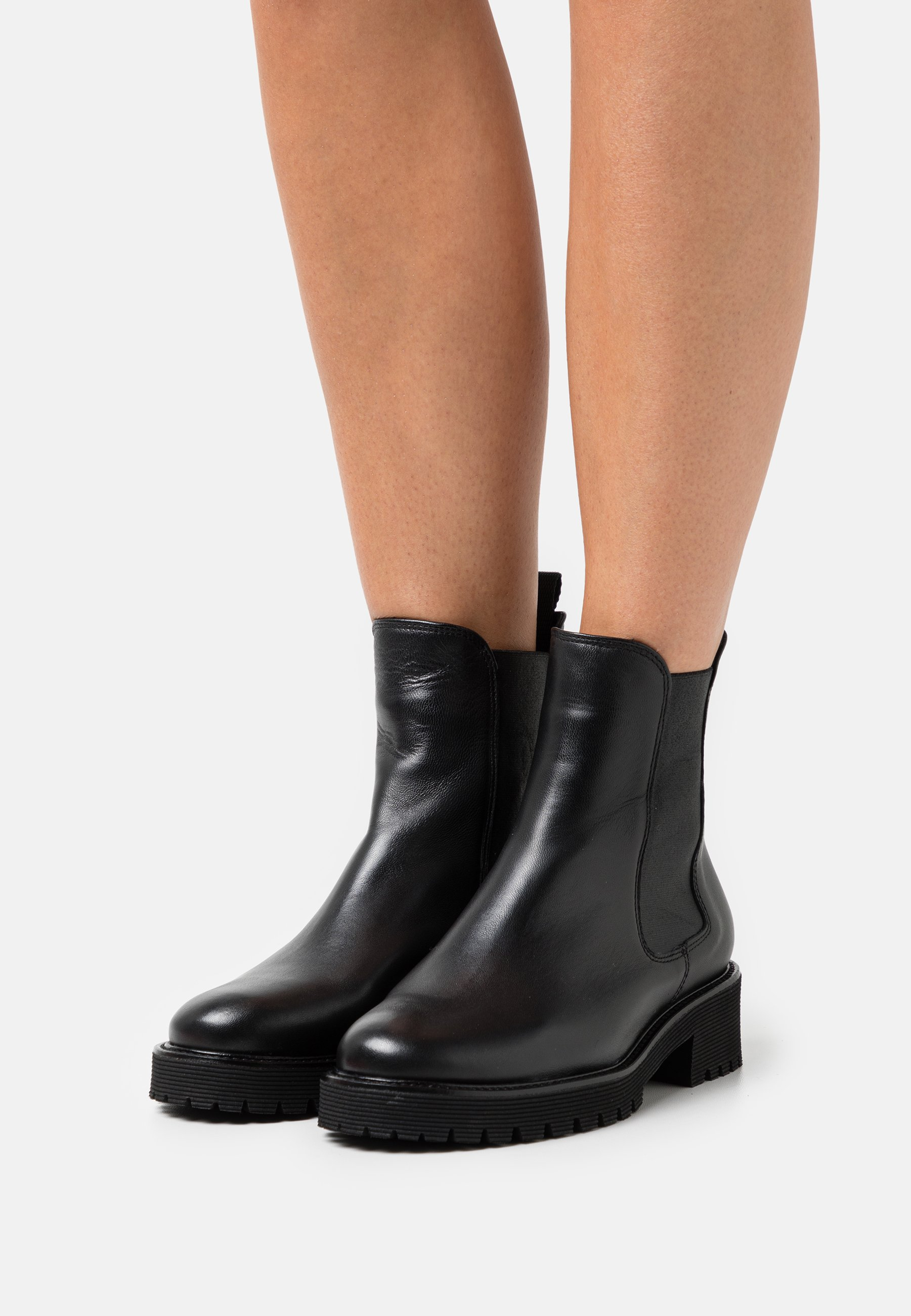 Women MISSION - Platform ankle boots