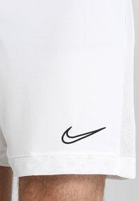 Nike Performance - DRY ACADEMY SHORT  - Sports shorts - white/white/black - 5