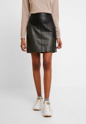 SLFMARVA SKIRT - A-snit nederdel/ A-formede nederdele - black/rosin