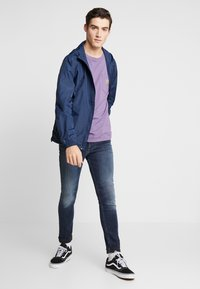 Tommy Jeans - PACKABLE - Giacca a vento - twilight navy