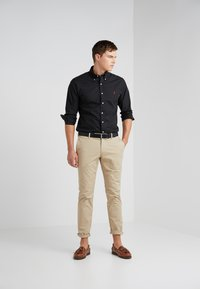 Polo Ralph Lauren - NATURAL SLIM FIT - Hemd - black - 1