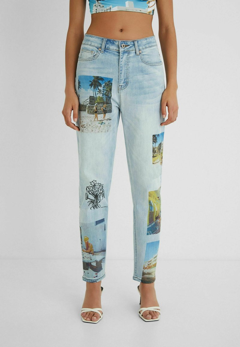 Desigual - DESIGNED BY ESTEBAN CORTAZAR - Relaxed fit jeans - blue
