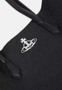 Vivienne Westwood - JOHANNA LARGE SHOPPER BAG UNISEX - Tote bag - black - 6