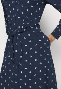 Lauren Ralph Lauren - DRESS - Košilové šaty - french navy/pale - 4
