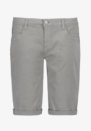 CHINO-BERMUDA - Denim shorts - light-grey
