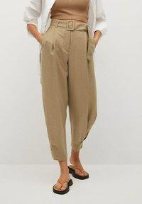 Mango - VESTI - Trousers - middenbruin - 0