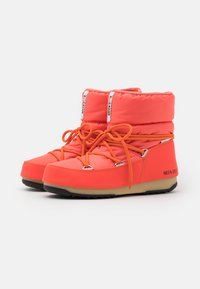 Moon Boot - LOW  WP - Winter boots - coral - 2