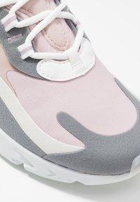 Nike Sportswear - AIR MAX 270 REACT - Trainers - plum chalk/summit white/stone mauve/smoke grey - 2