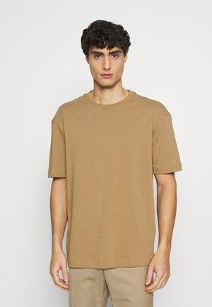 SLHLOOSEGILMAN O NECK TEE - T-shirt basique - kelp