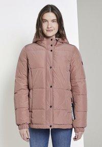 TOM TAILOR - TRENDY PUFFER JACKET - Winter jacket - vintage rose - 0