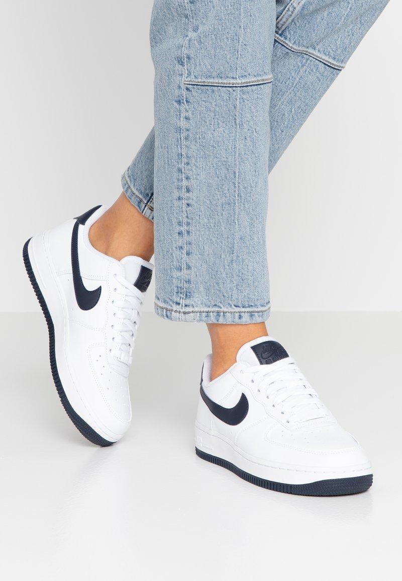 Nike Sportswear - AIR FORCE 1'07 - Sneaker low - white/obsidian/white/ocean cube