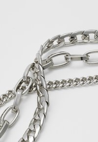 Weekday - MAURA CHAIN NECKLACE - Necklace - silver-coloured - 3