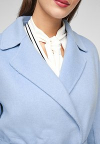 s.Oliver BLACK LABEL - Classic coat - light blue - 6