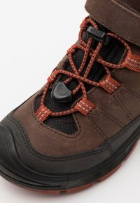 Keen - MID WP UNISEX - Hiking shoes - coffee bean/picante - 5