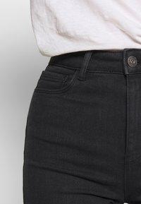 ONLY Petite - ONLMILA - Shorts - black - 3