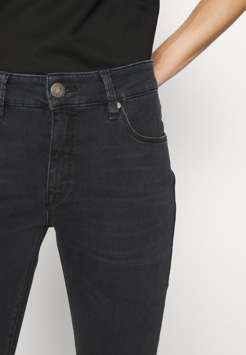 Herrlicher SUPER TOUCH - Jeans Slim Fit - vampire/black denim CqnZyV