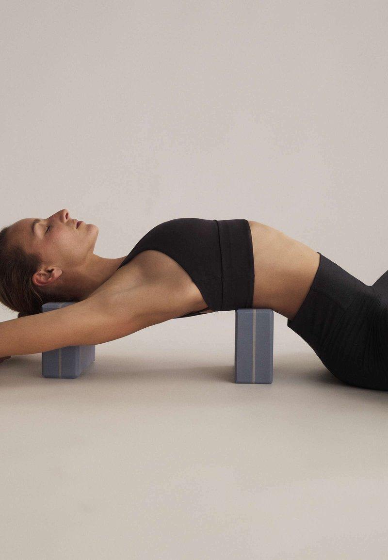 OYSHO - Fitness / Yoga - blue