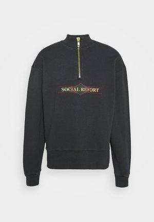Sweatshirt - faded black